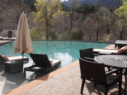 The infinity pool overlooking the creek in Sedona at Amara Resort.