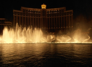 Bellagio captivating fountain show at night.