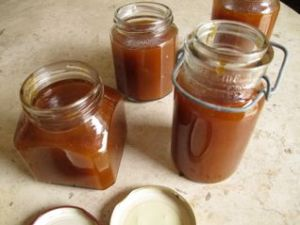 Spiced apricot butter