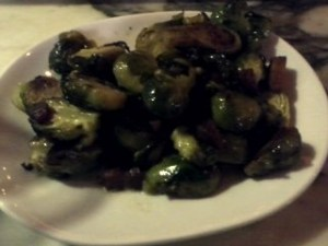 DELICIOUS brussel sprouts made so healthy with crispy fried pancetta and vanilla butter.  Large portion!!