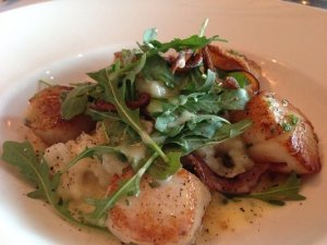 Great sea scallops at the Capital Grille!