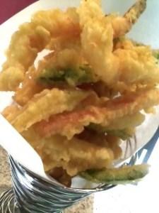 Shrimp, squid and veggie tempura yumminess