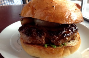 Photo worthy burger!!