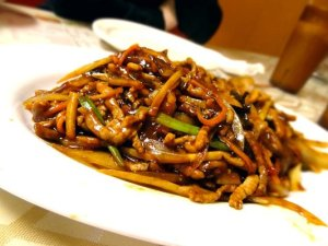 House special stirfried noodles (with chicken, beef and shrimp)