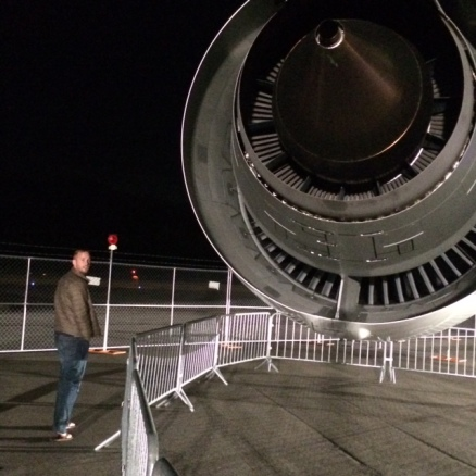Look at that engine on the 787