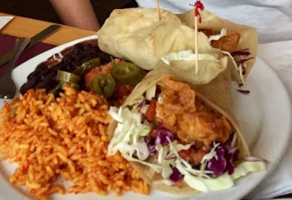 Hanalei Gourmet had excellent marlin fish tacos.